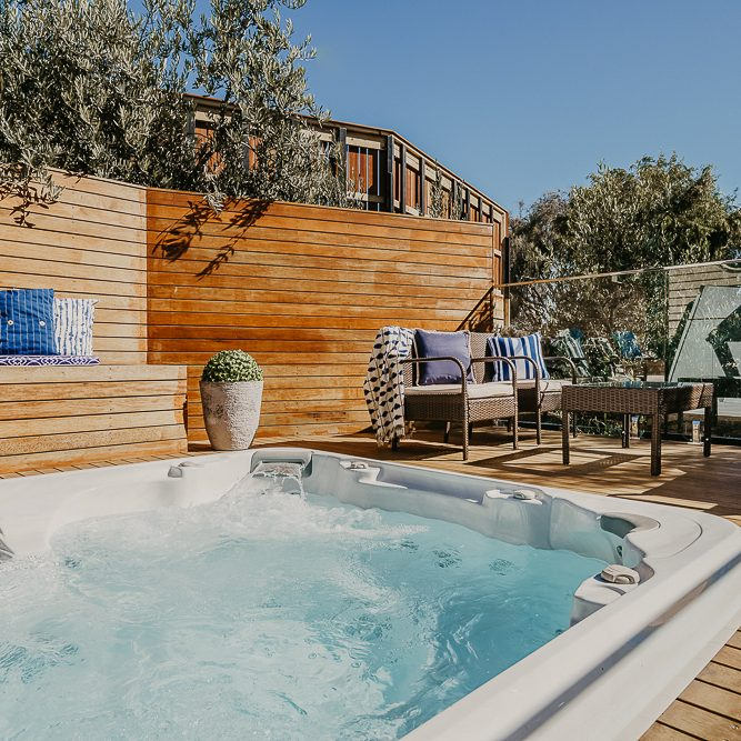 holiday house with spa